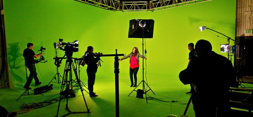 Videoclip laten maken - Videoclip maken- muziekvideo laten maken - muziek clip laten maken