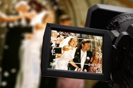 Trouwvideo laten maken - trouwvideo maken - bruiloft video - huwelijksvideo